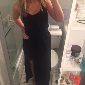 Black maxi asymmetrical bottom dress - Size (XS)